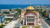 O Teatro Amazonas no Largo de São Sebastião