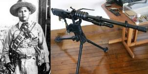 O Tenente Bezerra e uma de suas metralhadoras